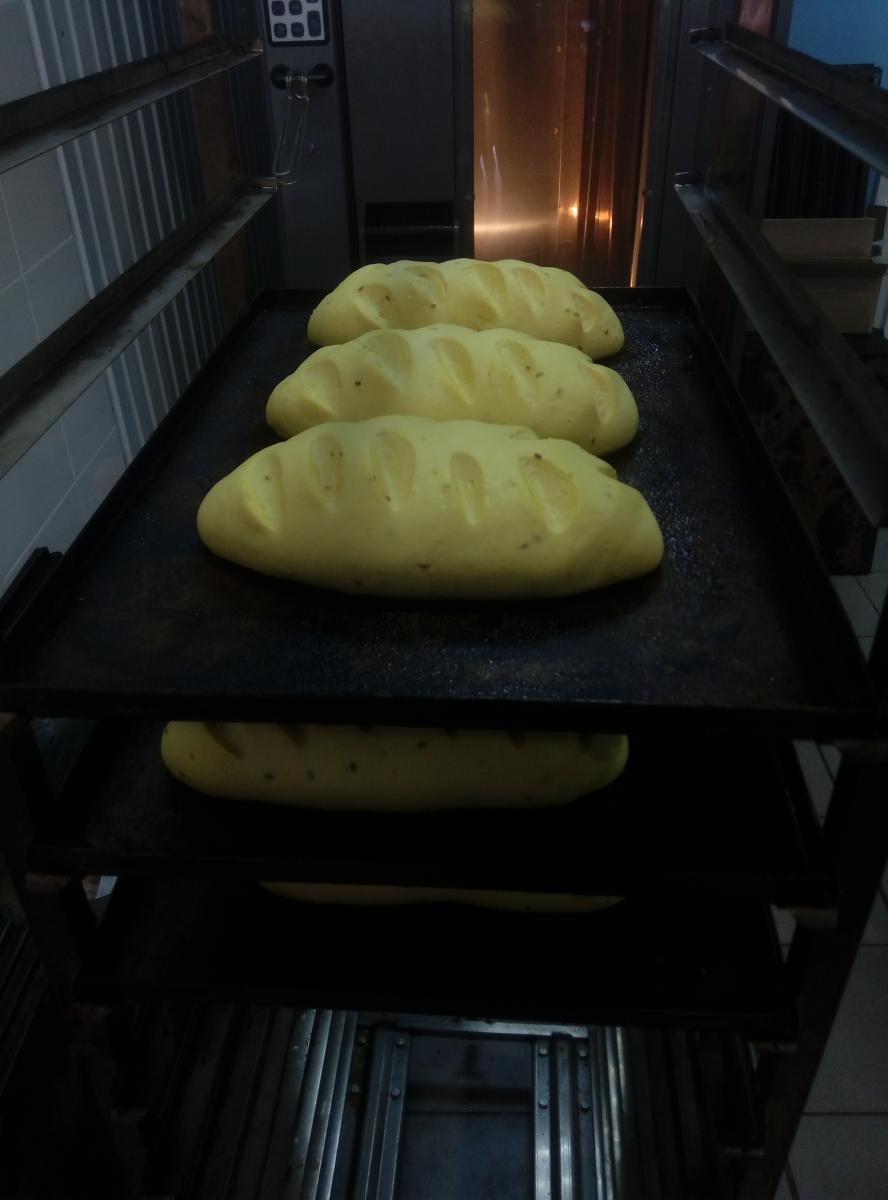 хлеб из расстоечной камеры